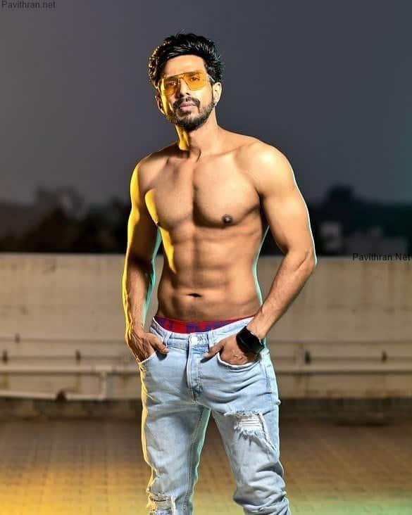 Vishnu Vishal Six Pack Photos